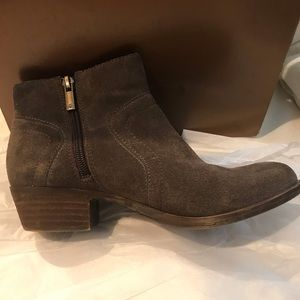 Lucky Brand Brown Ankle Cut Boots